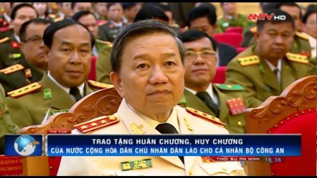 Trao tặng Huân chương, Huy chương của nước CHDCND Lào cho các cá nhân Bộ Công an Việt Nam