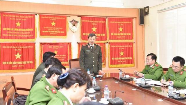 Bộ trưởng Tô Lâm khen thưởng các đơn vị bắt vụ 100 bánh heroin