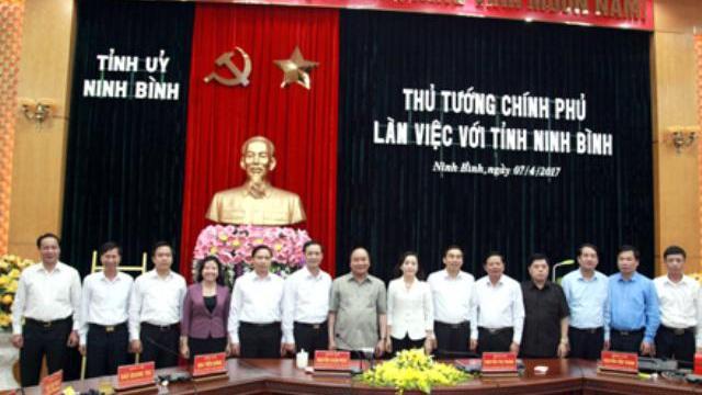 Thủ tướng Nguyễn Xuân Phúc thăm và làm việc tại Ninh Bình