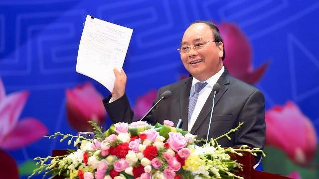 Thủ tướng Nguyễn Xuân Phúc tại hội nghị Thủ tướng Chính phủ với Doanh nghiệp