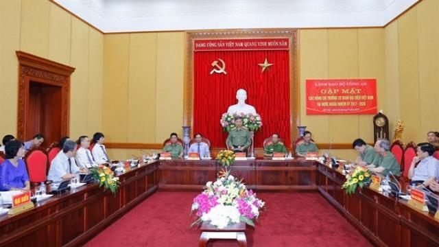Lãnh đạo Bộ Công an gặp mặt các Trưởng cơ quan đại diện Việt Nam tại nước ngoài