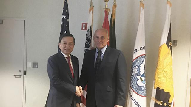 Bộ trưởng Tô Lâm hội đàm với Bộ trưởng An ninh Nội địa Mỹ