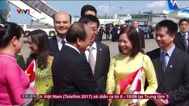 Thủ tướng Nguyễn Xuân Phúc bắt đầu thăm Nhật Bản