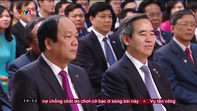 Thủ tướng Nguyễn Xuân Phúc gặp cộng đồng người Việt Nam tại Nhật Bản