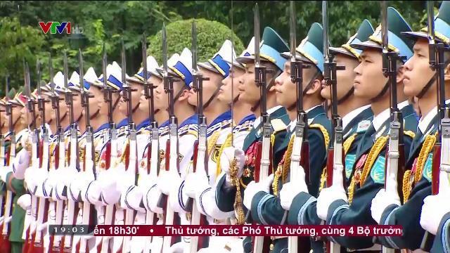 Chủ tịch nước Trần Đại Quang tiếp Tổng thống Cộng hòa Séc thăm cấp nhà nước Việt Nam