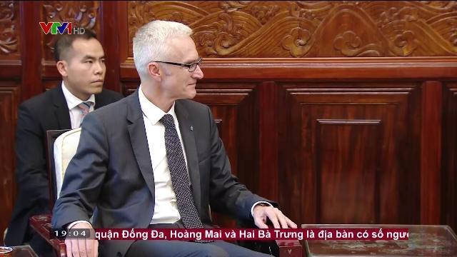 Chủ tịch nước Trần Đại Quang tiếp Tổng thư ký Interpol