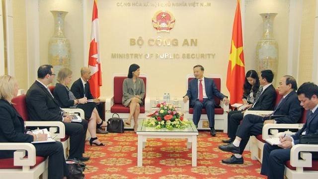 Bộ trưởng Tô Lâm tiếp Đại sứ Canada