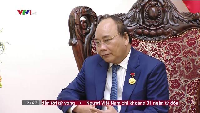 Thủ tướng Nguyễn Xuân Phúc tiếp cố vấn đặc biệt của Thủ tướng Nhật