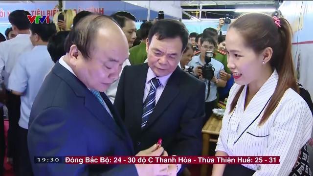Thủ tướng Nguyễn Xuân Phúc tại ngày hội Bến Tre Đồnng Khởi khởi nghiệp