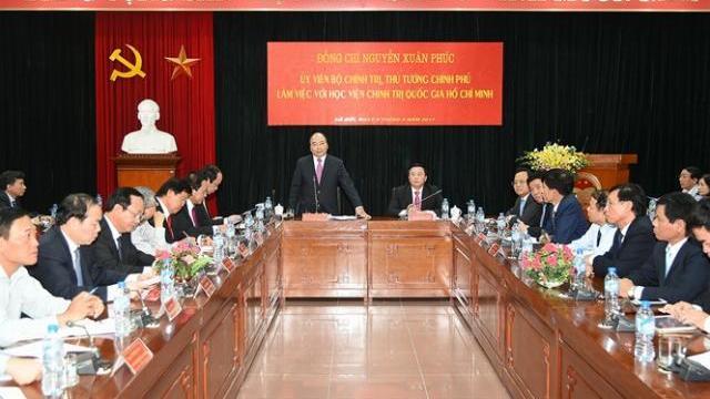 Thủ tướng Nguyễn Xuân Phúc làm việc với học viện chính trị Quốc gia TPHCM