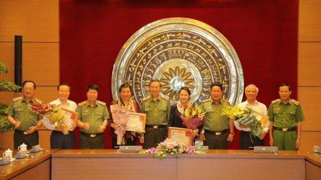 Bộ trưởng Tô Lâm làm việc cùng Chủ tịch Quốc hội và Đảng ủy Công an TW