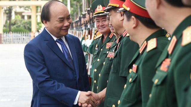 """Thủ tướng Nguyễn Xuân Phúc: """"Học viện Quốc phòng cần đạt tầm cỡ khu vực và Quốc tế"""""""
