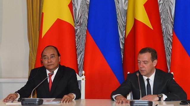 Thủ tướng Nguyễn Xuân Phúc họp bàn tăng cường hợp tác Việt Nam EU