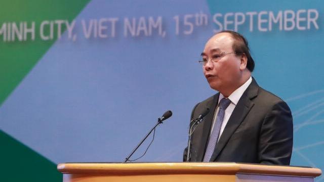 Thủ tướng Nguyễn Xuân Phúc phát biểu tại hội nghị bộ trưởng doanh nghiệp nhỏ và vừa APEC