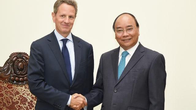 Thủ tướng Nguyễn Xuân Phúc tiếp cựu bộ trưởng tài chinh Mỹ