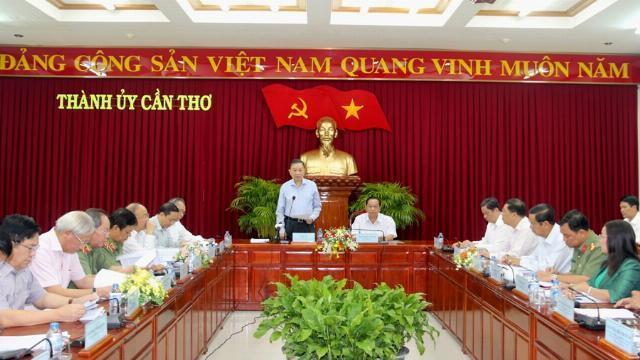 Ban Chỉ đạo cải cách tư pháp Trung ương làm việc với Ban Chỉ đạo cải cách tư pháp Thành ủy Cần Thơ
