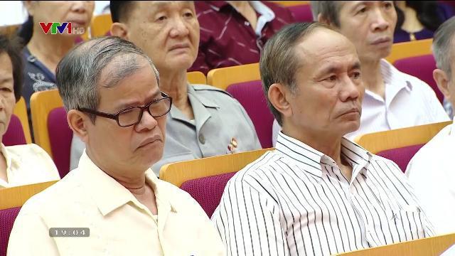 Tổng bí thư Nguyễn Phú Trọng tiếp xúc cử tri trước kỳ họp thứ tư