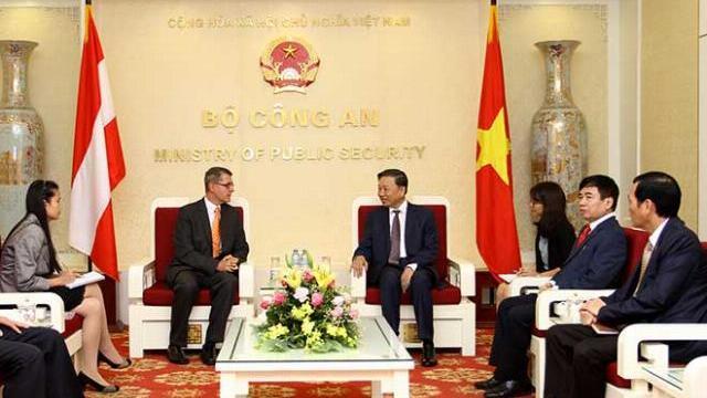 Bộ trưởng Tô Lâm tiếp Đại sứ Cộng hòa Áo tại Việt Nam