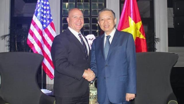 Bộ trưởng Tô Lâm tiếp xã giao Cố vấn an ninh quốc gia Hoa Kỳ