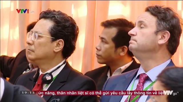 Thủ tướng Nguyễn Xuân Phúc tại diễn đàn giải pháp phát triển hệ thông Logistic phụ vụ NN NT