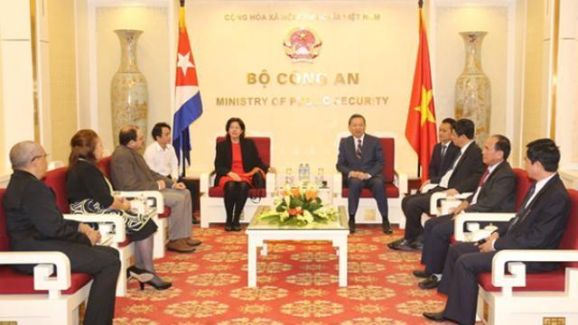 Bộ trưởng Tô Lâm tiếp Đại sứ Cộng hòa Cuba