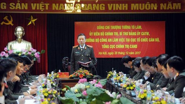 Bộ trưởng Tô Lâm làm việc với Cục Tổ chức cán bộ