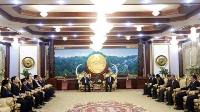 Tổng Bí thư, Chủ tịch nước CHDCND Lào Bun-nhăng Vo-la-chít tiếp Bộ trưởng Tô Lâm