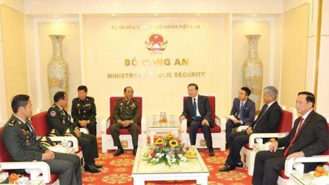 Tăng cường hợp tác giữa lực lượng Cảnh vệ Việt Nam và Campuchia