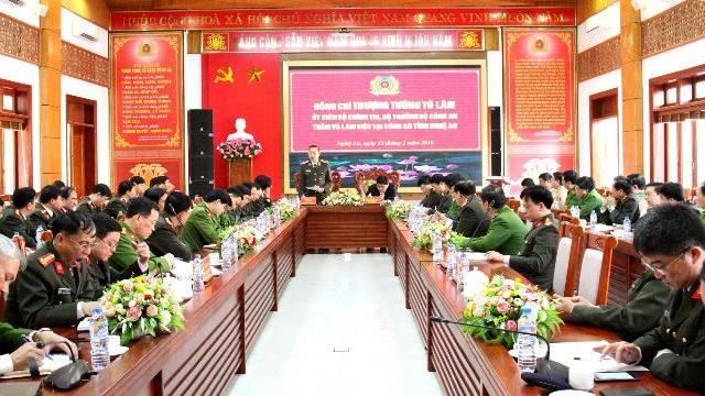 Bộ trưởng Tô Lâm làm việc với Công an, Cảnh sát PCCC tỉnh Nghệ An