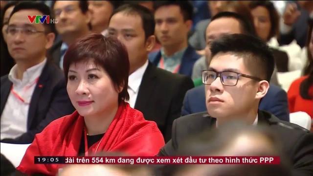 Thủ tướng Nguyễn Xuân Phúc tham dự diễn đàn doanh nghiệp Việt Nam Singapore