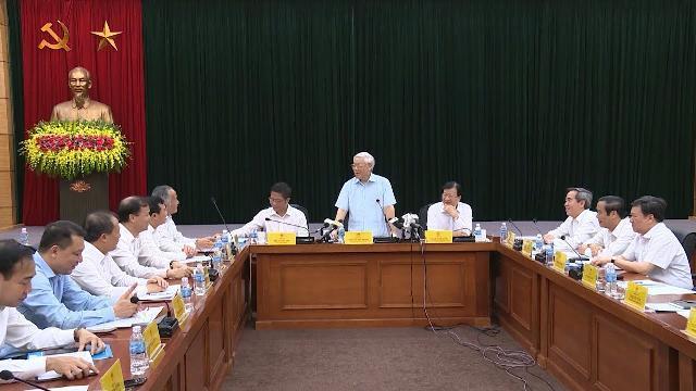Tổng Bí thư Nguyễn Phú Trọng làm việc với Bộ Công thương