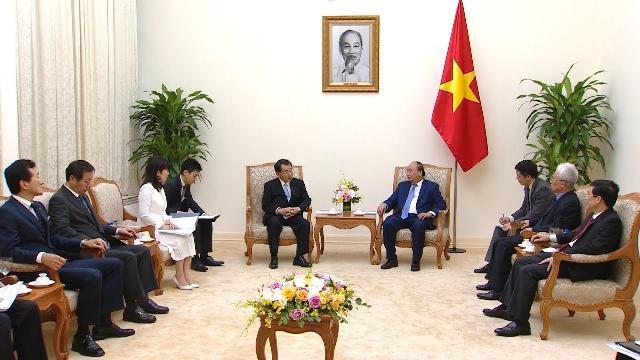 Thủ tướng Nguyễn Xuân Phúc tiếp Chủ tịch Liên minh Nghị sĩ hữu nghị Mê Công - Nhật Bản