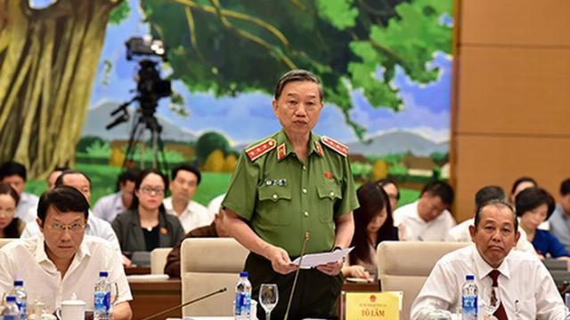Bộ trưởng Bộ Công an Tô Lâm thẳng thắn trả lời chất vấn