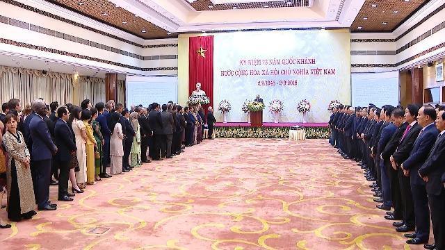 Thủ tướng chiêu đãi đoàn ngoại giao nhân dịp Quốc khánh 2/9