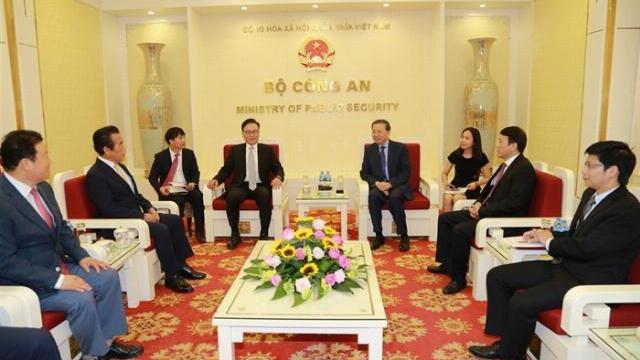Bộ trưởng Tô Lâm tiếp Tổng Lãnh sự danh dự Việt Nam tại Busan – Gyeongnam, Hàn Quốc