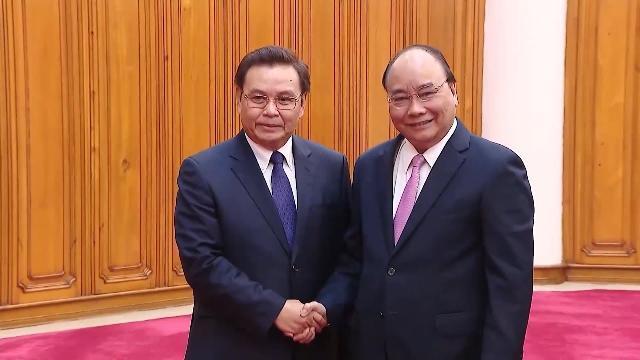 Thủ tướng tiếp Chủ tịch Ủy ban Trung ương Mặt trận Lào Xây dựng đất nước