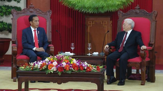 Tổng Bí thư Nguyễn Phú Trọng tiếp Tổng thống Indonesia