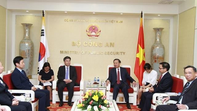 Bộ trưởng Tô Lâm tiếp Phó Tư lệnh Cơ quan Cảnh sát Quốc gia Hàn Quốc