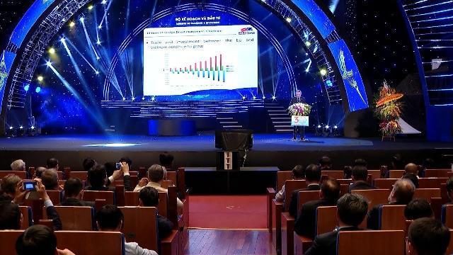 Thủ tướng dự Hội nghị 30 năm thu hút FDI