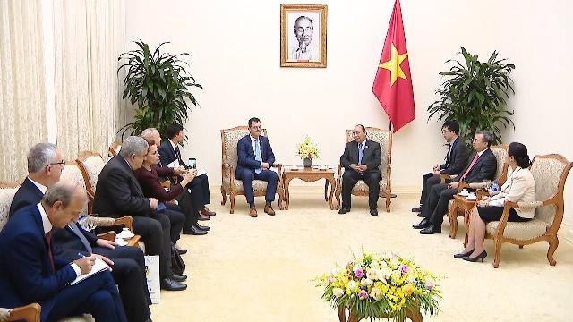 Thủ tướng tiếp Bộ trưởng Bộ Môi trường Kinh doanh, Thương mại và Doanh nghiệp Rumania