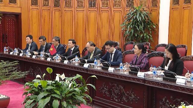 Thủ tướng Nguyễn Xuân Phúc tiếp Phó Thủ tướng Malaysia