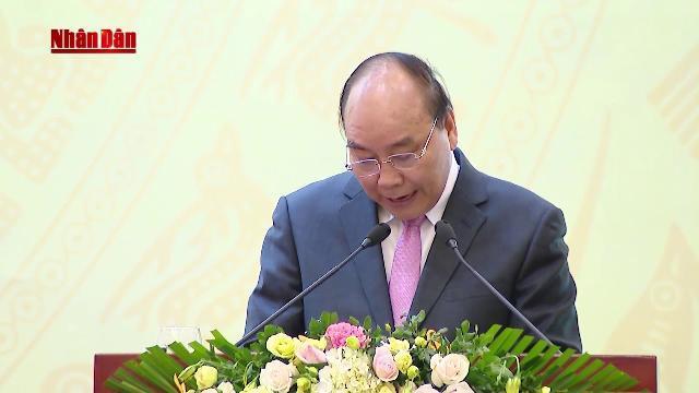 Thủ tướng dự Lễ khen thưởng các tập thể, cá nhân có thành tích trong thực hiện NQ TƯ 7 khóa X