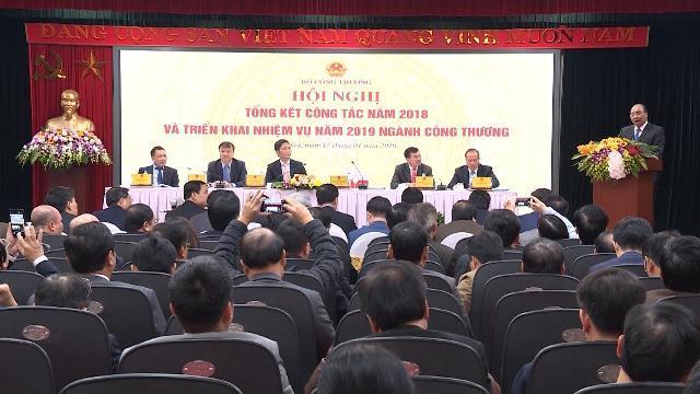 Thủ tướng yêu cầu ngành Công thương tập trung xử lý các vấn đề xuất nhập khẩu, xúc tiến thương mại