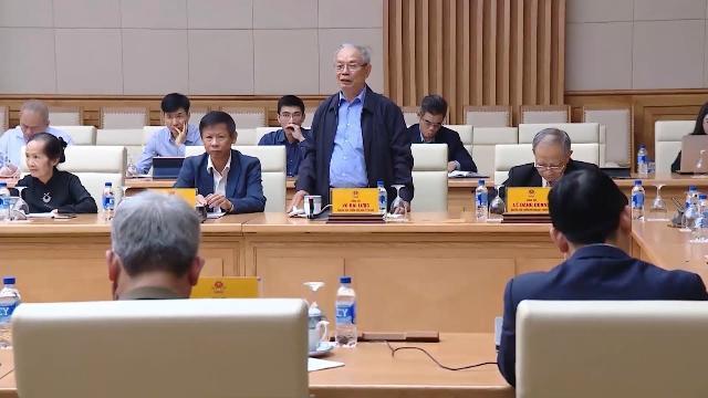 Thủ tướng nghe các chuyên gia cho ý kiến về chiến lược kinh tế - xã hội trong 10 năm