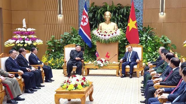 Thủ tướng hội kiến Chủ tịch Kim Jong-un