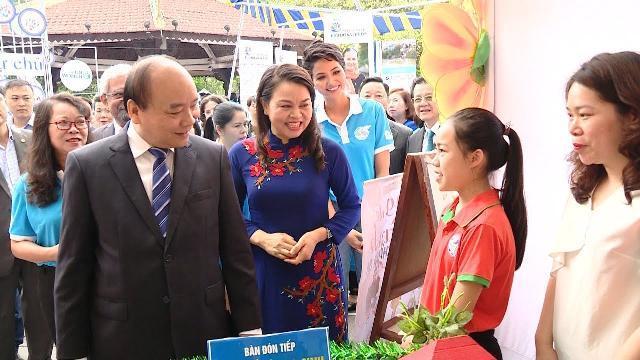 """Thủ tướng dự Lễ phát động """"Năm an toàn cho phụ nữ và trẻ em"""""""