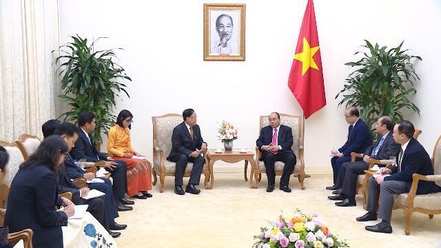 Thủ tướng Nguyễn Xuân Phúc tiếp Bộ trưởng Hợp tác quốc tế Myanmar