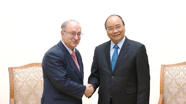 Thủ tướng Nguyễn Xuân Phúc tiếp Chủ tịch Tổ chức Hỗ trợ đại học thế giới Đức