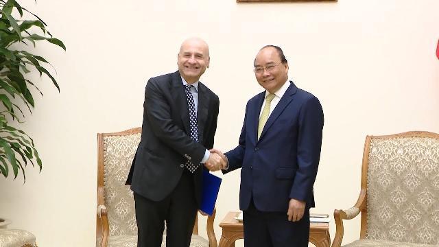Thủ tướng Nguyễn Xuân Phúc tiếp Đại sứ Italia