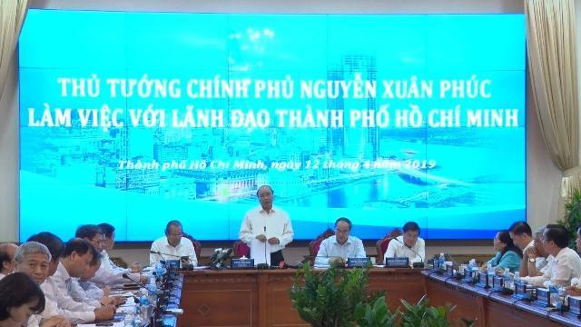 Thủ tướng Nguyễn Xuân Phúc và đoàn công tác của Chính phủ làm việc với TP Hồ Chí Minh